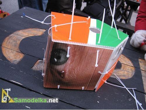 Как сделать скворечник из пластика - скрепляем на хомуты