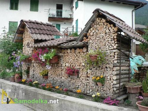 как сложить дрова домиком второй вариант