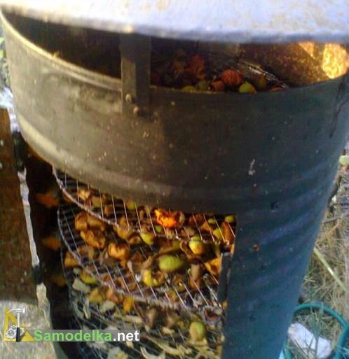самодельная сушилка для фруктов в работе