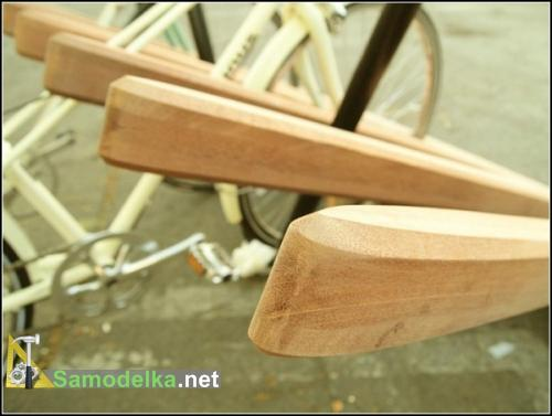 самодельная парковка-расческа для велосипедов