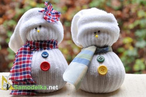снеговики из носка своими руками