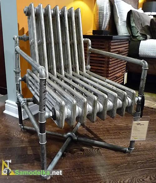 самодельное Прокрустово кресло из водопроводных фитингов и радиаторов отопления.