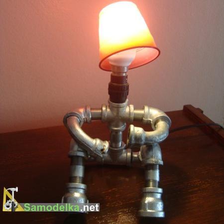 Лампы из водопроводных труб пластиковый абажур