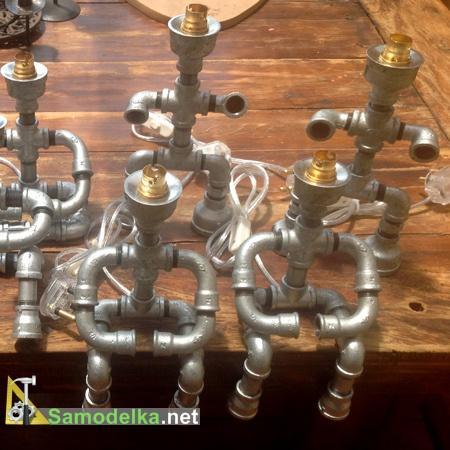 Лампы из водопроводных труб - человечки