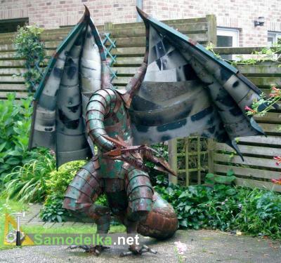 дракон из металлолома