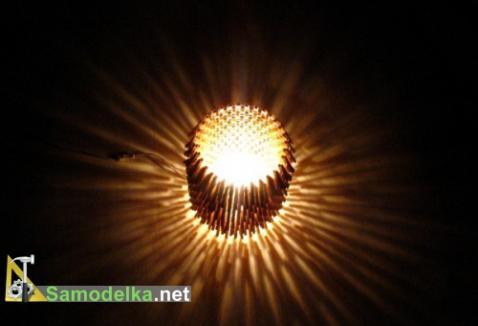 Лампа из прищепок