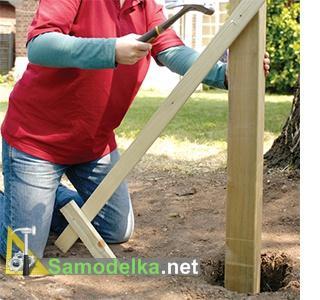как сделать красивый деревянный забор установка столбов