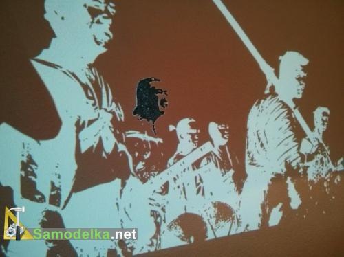 наносим настенный рисунок на стену по проекции