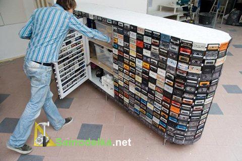 удио-стойка совмещенная со шкафом из аудиокассет
