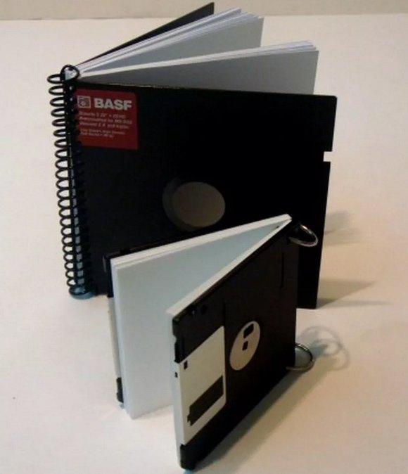 Блокнот для заметок из компьютерных дискет