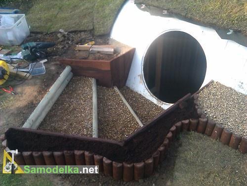 отделка крыши и подходов к дому хоббита