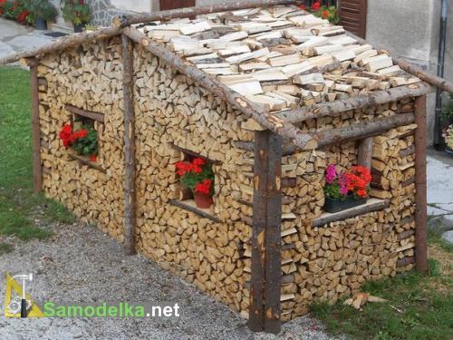 как сложить дрова домиком