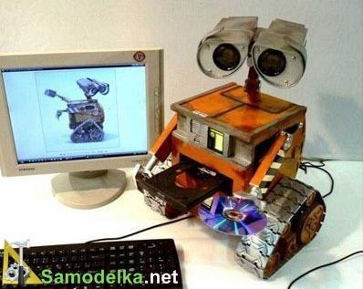 Самодельный робот Валл-и - системный блок для компьютера