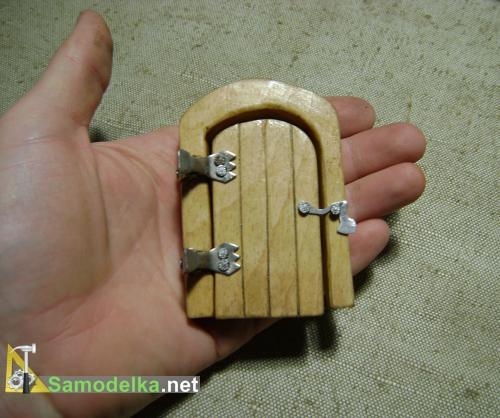 декоративная дверка для розетки