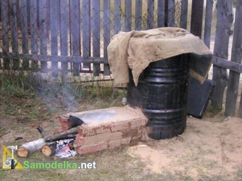 коптильня с кирпичным дымоходом