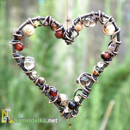 сияющее сердце из проволоки