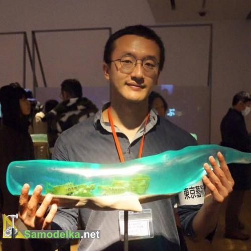 Полупрозрачный кит Samsara и мастер Исана Ямада