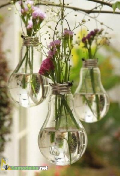 вазочка из перегоревшей лампочки