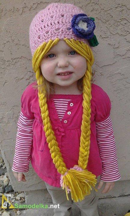 Детская шапочка с длинными косичками