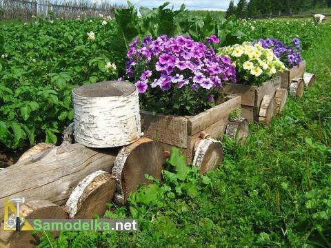 деревянная клумба паровозик