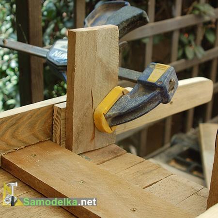 изготавливаем ручки и ножки для клумбы тачки