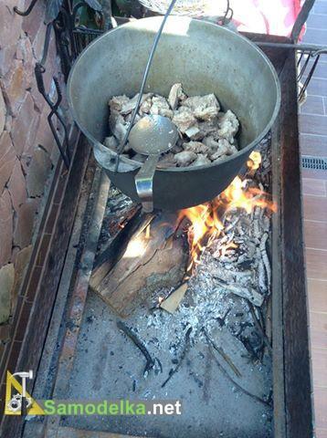 вкидываем мясо в бограч
