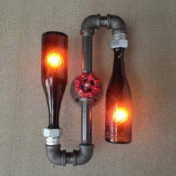 Самоделки из бутылок  - лампа, ваза и посуда.